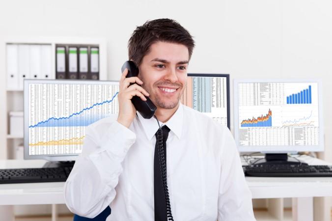 Jede volljährige und geschäftsfähige Person kann bei einem Broker online ein eigenes Depot eröffnen. (#1)