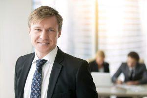 Der Beruf des Investmentbankers wird weltweit als ein echter Traumjob angesehen. (#04)
