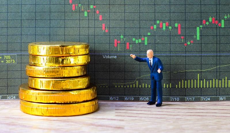 Bitcoin gehört zu den bekanntesten digitalen Währungen, die auch als Kryptowährungen bezeichnet werden. ( Foto: Shutterstock-FabreGov )